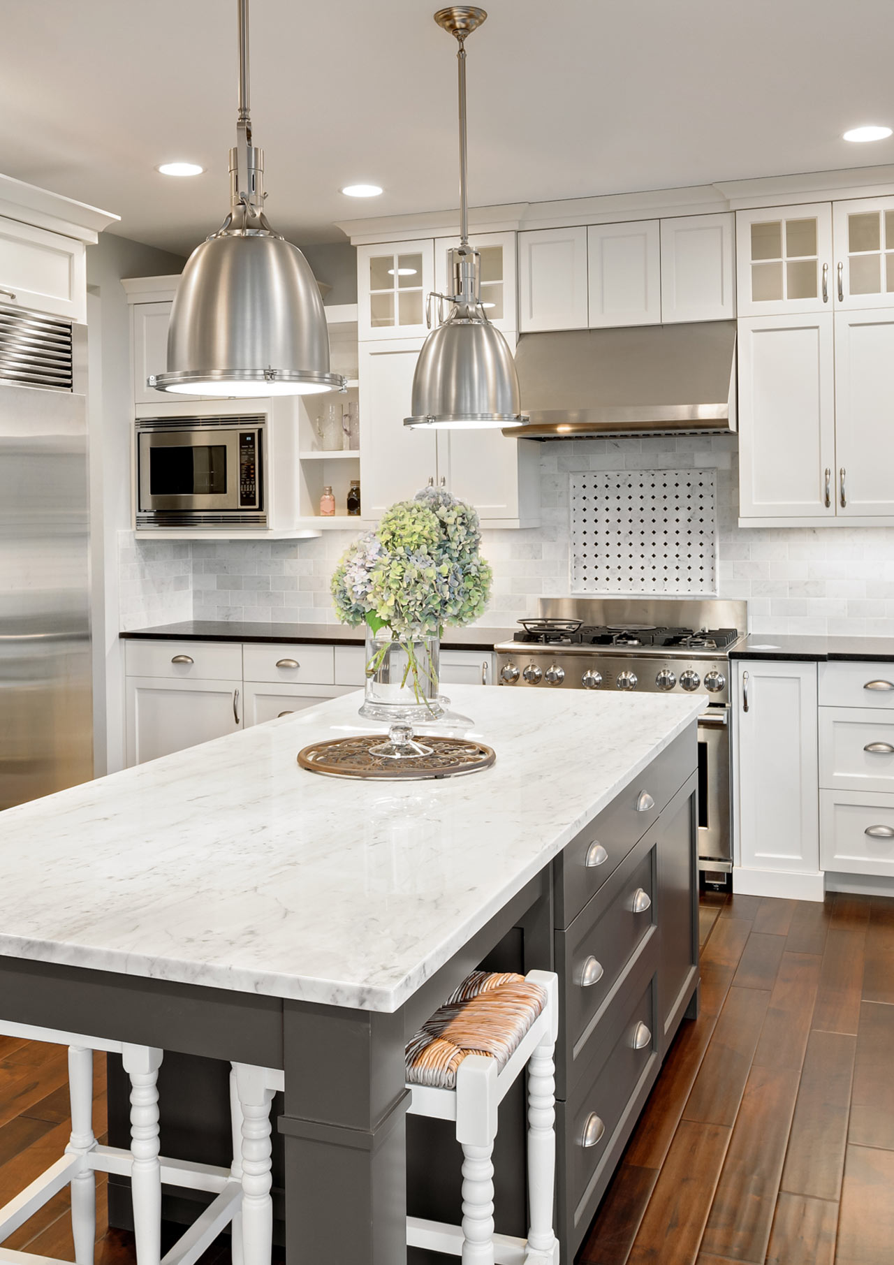 White Orchid Home Staging - Beautiful Kitchen Spaces - image